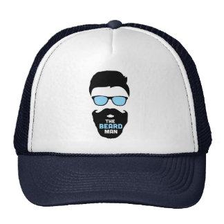 O chapéu do homem da barba boné