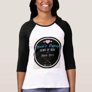 O cigano de Dixie projeta o t-shirt do logotipo Camiseta