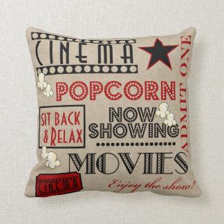 O cinema do cinema admite um bilhete travesseiro de decoração