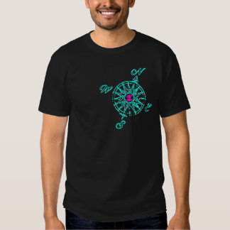 O compasso t-shirts
