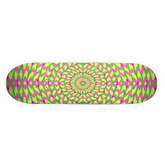 O conselho cor-de-rosa e amarelo Kaleidoscopic do  Skates Personalizados
