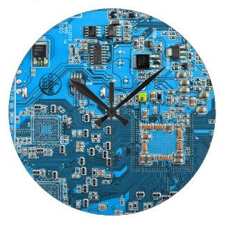 O conselho de circuito do geek do computador - relógios de paredes