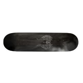 o conselho do anjo de morte skate personalizado