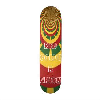 O conselho verde dourado vermelho do skate de shape de skate 20,6cm