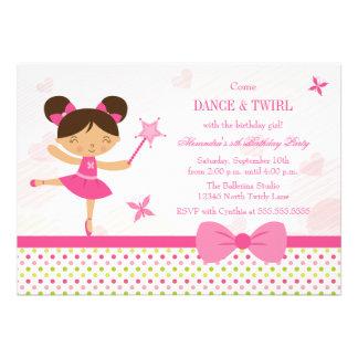 O convite de aniversário da menina doce da bailari