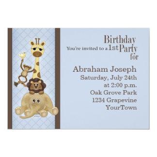 O convite de aniversário do menino do safari