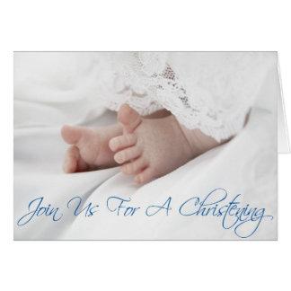 O convite do batismo para o bebé enrola para baixo cartoes