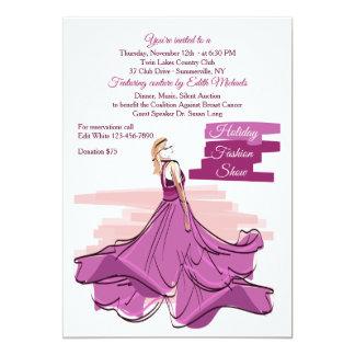 O convite violeta do desfile de moda do vestido
