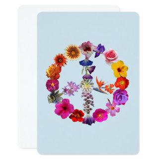 O coração do cartão fez fotografias das flores