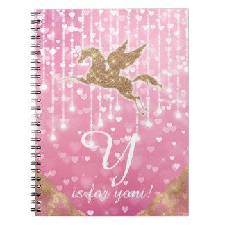 O coração do rosa do ouro do brilho do unicórnio cadernos