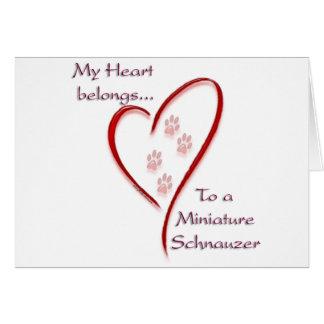 O coração do Schnauzer diminuto pertence Cartão
