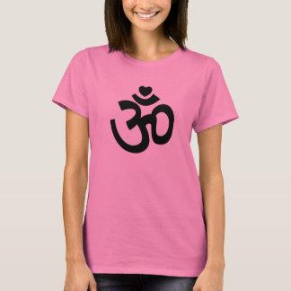 O coração OM assina - camisetas da ioga