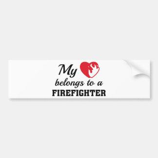 O coração pertence sapador-bombeiro adesivo de para-choque