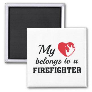 O coração pertence sapador-bombeiro imã