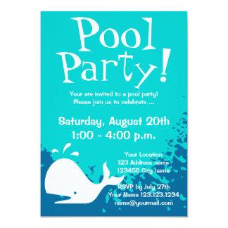 O costume dos convites   da festa na piscina