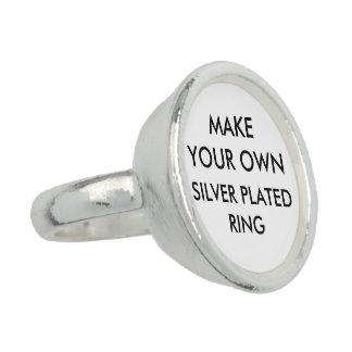 O costume personalizou o anel chapeado prata