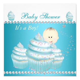 O cupcake azul do bebé do chá de fraldas polvilha convite quadrado 13.35 x 13.35cm