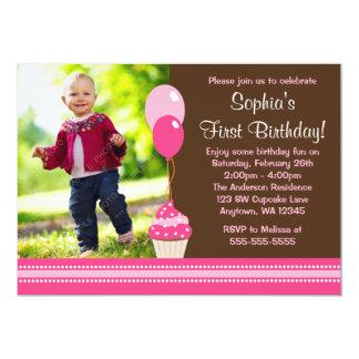 O cupcake Balloons o aniversário cor-de-rosa da Convite 12.7 X 17.78cm