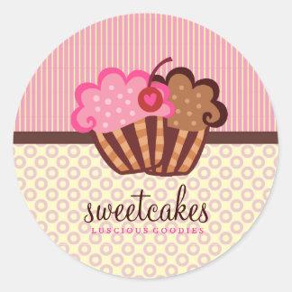 O cupcake doce de 311 bolos pontilha listras de n adesivos em formato redondos