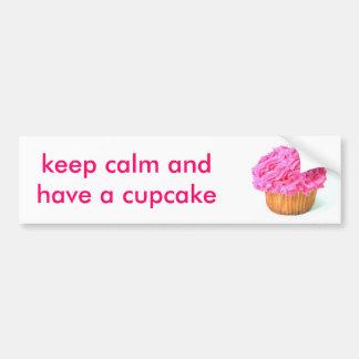 o cupcake, mantem a calma e tem um cupcake adesivo para carro