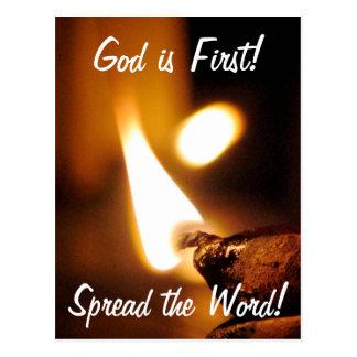 O deus é primeira luz de brilho cartão postal