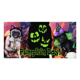 O Dia das Bruxas - Pug - margarida Mae e lírio Lou Cartão Com Foto Personalizado