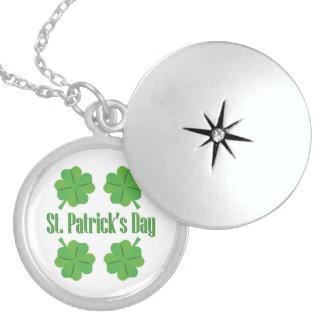 O dia de St Patrick com trevo Colar Medalhão