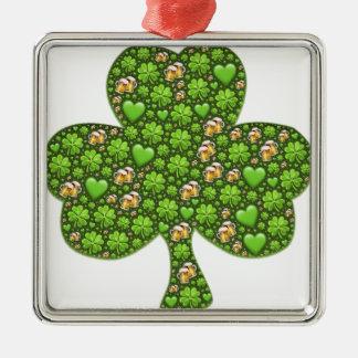 O dia de St Patrick da cerveja do trevo do trevo, Ornamento Quadrado Cor Prata