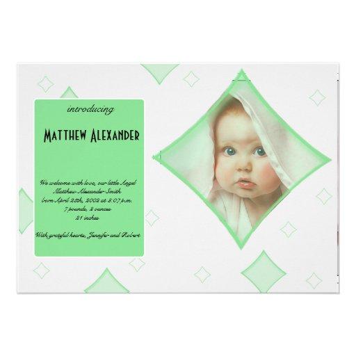O diamante cinzento verde molda o anúncio do bebê  convite personalizado