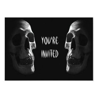 O dobro assustador do partido do Dia das Bruxas Convites Personalizados