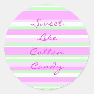 O doce gosta da etiqueta do algodão doce adesivo