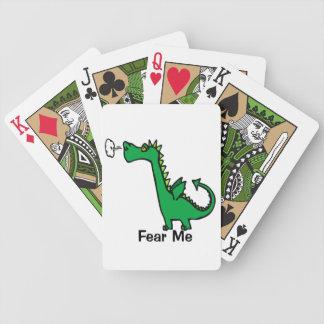 O dragão dos desenhos animados teme-me jogos de baralho