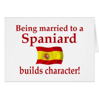 O espanhol constrói o caráter cartões