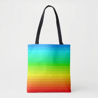 O espectro do arco-íris colore a bolsa de praia do
