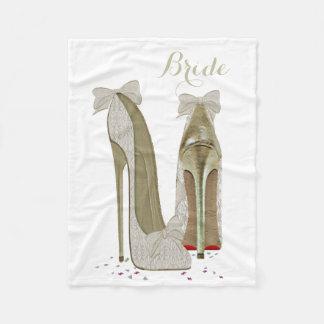 O estilete da noiva calça a cobertura do velo da cobertor de velo