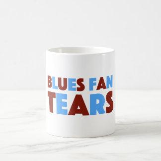 O fã dos azuis rasga a caneca para fãs da casa de