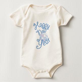 O feliz ano novo body para bebê