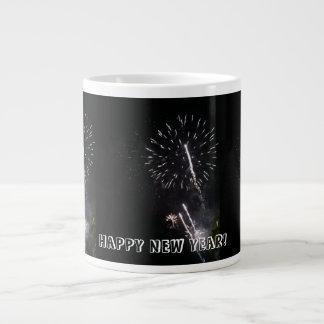 O feliz ano novo! caneca de café gigante