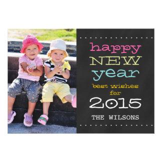 O feliz ano novo do quadro cartão com fotos de convites