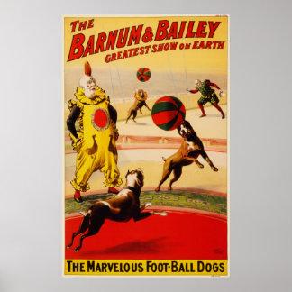 O futebol maravilhoso persegue o poster do circo