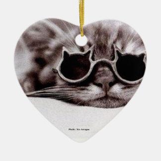 O gato o mais fresco vivo - ornamento cerâmico