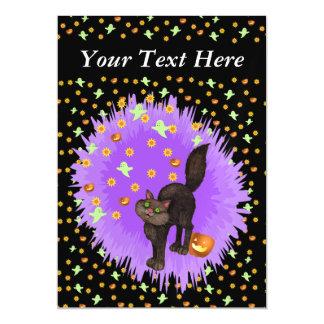 O gato preto bonito o Dia das Bruxas Stars