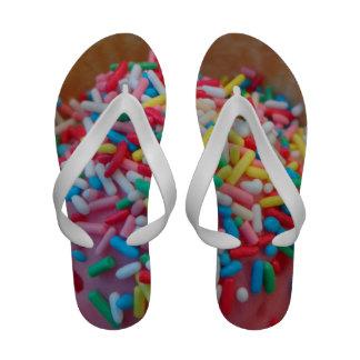 O gelado polvilha flip-flops