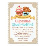 O género revela o cupcake ou o muffin do chá do convite 12.7 x 17.78cm
