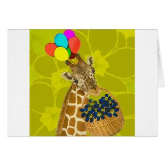 O girafa traz felicitações cartão comemorativo