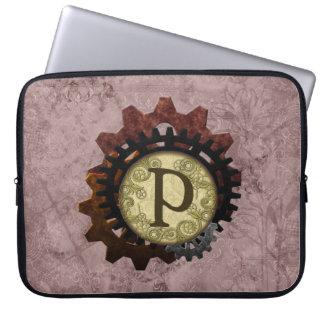 O Grunge Steampunk alinha a letra P do monograma Capa Para Laptop