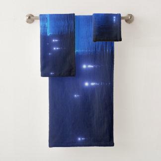 O grupo de toalha do banheiro do holandês de vôo