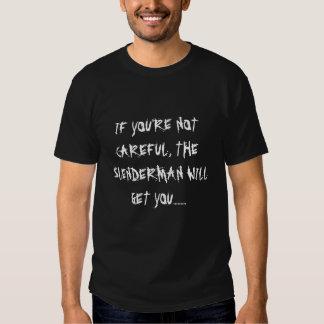 O homem delgado obter-lhe-á o t-shirt