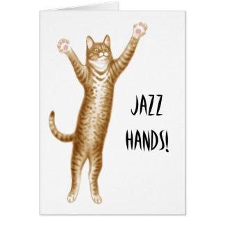 O jazz entrega o cartão do gato