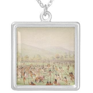 O jogo de bola indiano, c.1832 colar com pendente quadrado